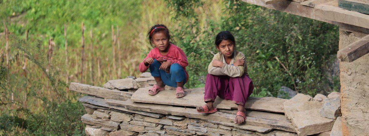 Kinder von Golche in Nepal