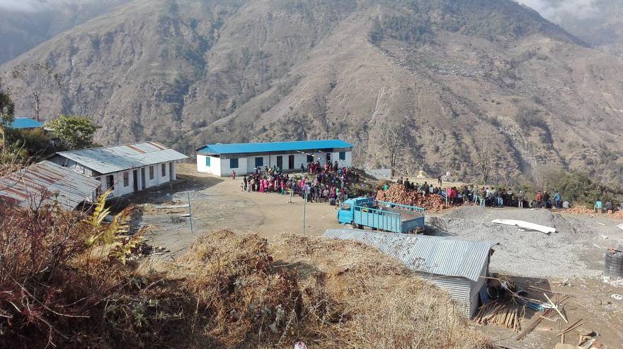 Erneuertes Schulgebäude in Golche