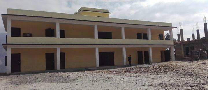 Haupthaus Schule Golche Nepal