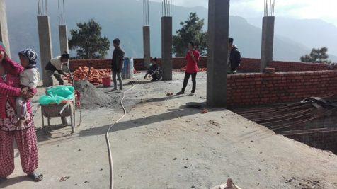 Der Bau geht weiter Schule Golche Nepal